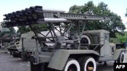 Giàn phóng tên lửa Katyusha trên xe tải ZIS-6
