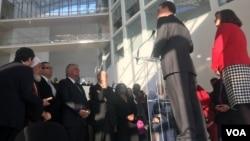 在美国国务院主办的一场践行美国对国际宗教自由承诺的活动上,布朗巴克对与会者讲话(美国之音萧雨拍摄)