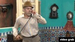 Komedian Luis Silva, sebagai Panfilo, dalam sebuah video berbincang dengan Presiden AS lewat telepon - Havana, Kuba