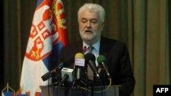 Premijer Srbije Mirko Cvetković govori na otvaranju Medjunarodne konferencije o konkurenciji u Klubu poslanika