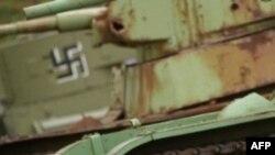 Chữ vạn là 1 biểu tượng của Quốc Xã