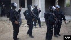 Suriya hökuməti 80 polisin öldürüldüyünü bildirib