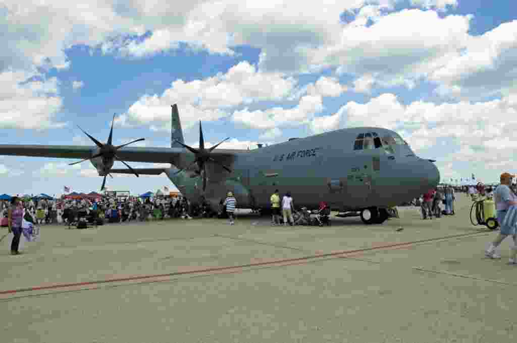 سی – ۱۳۰ هرکولس C-130 Hercules