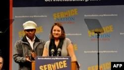 2009年 11月 11日玛雅·埃尼斯塔(女)推动公民行动关系网络