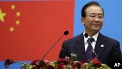 中國總理溫家寶2012年9月20日在布魯塞爾歐盟峰會上講話(資料照片)
