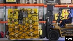 救援設備重達25噸(美國之音國符拍攝)