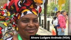 Luíza Nascimento, Angola