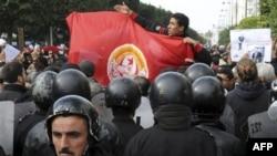 Tunizi: Vazhdojnë protestat, ka filluar një periudhë 3-ditëshe zie kombëtare