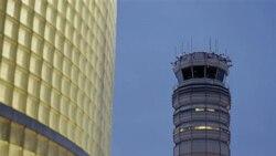 برج مراقبت فرودگاه ملی ریگان در نزدیکی شهر واشنگتن - ۲۳ مارس ۲۰۱۱
