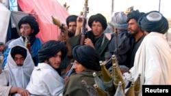 افغان امنیتي چارواکي وايي چې له تېرې یوې میاشتې راهیسې طالبانو پر مارجې بریدونه پیل کړي دي.