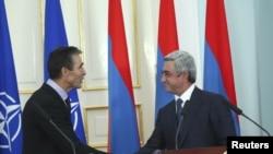Հայաստանի նախագահ Սերժ Սարգսյանի և ՆԱՏՕ-ի գլխավոր քարտուղար Անդերս Ֆոգ Ռասմուսենի հանդիպումը Երևանում (արխիվային լուսանկար)