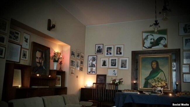 تصویری از خانه داریوش فروهر و پرستو فروهر از قربانیان قتلهای زنجیرهای سال ۷۷ در ایران
