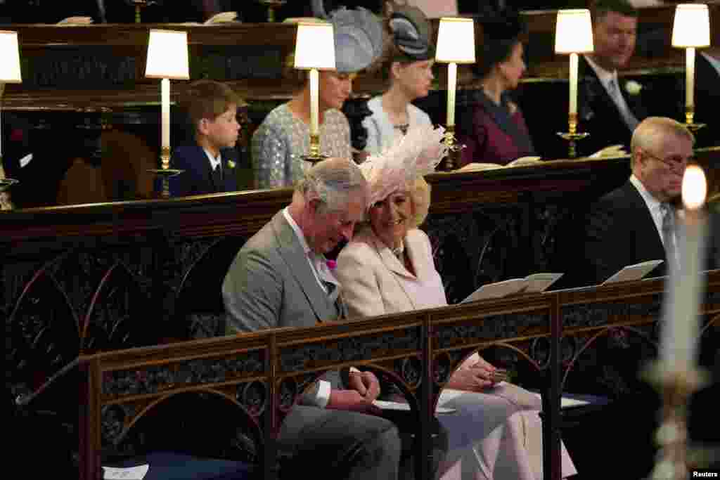Принц Уэльский и герцогиня Корнуольская в часовне Святого Георгия