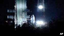 Organizacija za istraživanje svemira predstavila je raketu i propratna svemirska vozila u centru na jugu Indije