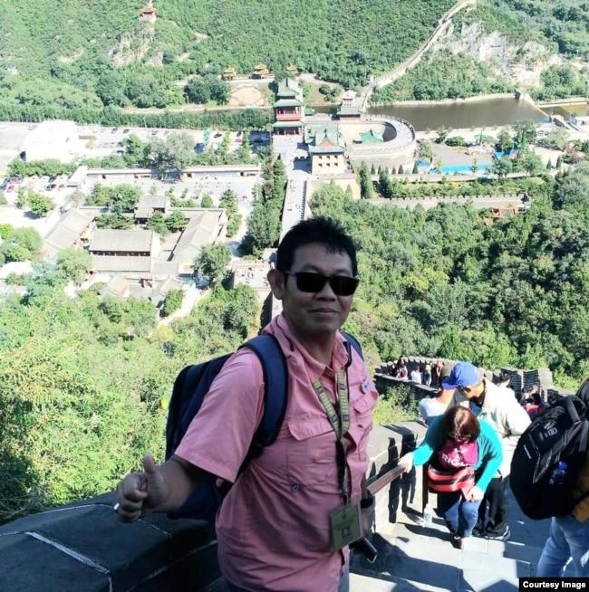 Cahyo Triono, menjadi pemandu wisatawan untuk berwisata sambil berolahraga (foto: dok. pribadi)