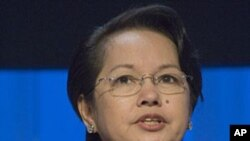 فلپائن:سابق صدر کے وارنٹ گرفتاری جاری