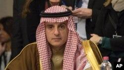 وزیر خارجه عربستان همچنین روز یکشنبه ایران را به پاشیدن تخم فتنه در عراق متهم کرد.
