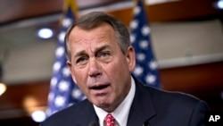 美国众议院议长贝纳12月12日在严辞斥责反对两党达成的预算妥协议案的保守派人士