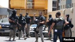 تصویر آرشیوی از نیروهای امنیتی در بیروت