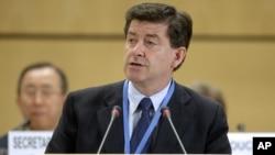 El británico, Guy Ryder, es el nuevo director de la Organización Internacional del Trabajo (OIT) tras ganar por 30 votos en el Consejo de Administración.