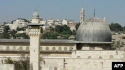 Xô xát tại khu đất linh thiêng ở Jerusalem