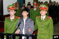 Nhà hoạt động vì môi trường Nguyễn Văn Hóa.