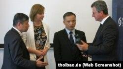 Luật sư Nguyễn Văn Đài nhận giải thưởng nhân quyền của Liên đoàn Thẩm phán Đức.