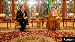 Майк Помпео и министр иностранных дел Саудовской Аравии Адель аль-Джубейр