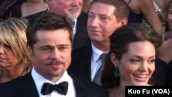 比特与裘利在奥斯卡奖典礼留影(美国之音记者国符拍摄)