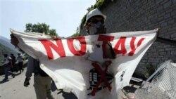 تظاهرات در ايتاليا در مخالفت با پروژه قطار سريع السير به فرانسه