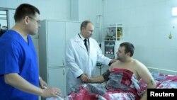 Putin Visits Volgograd, Russia