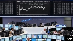 Bien për të dytën ditë tregjet e aksioneve në Europë