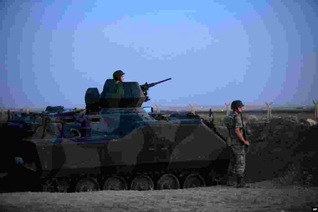 ترک شام سرحد پر ترک فوجی تیار حالت میں