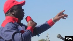 Prime Minister Morgan Tsvangirai addressing supporters in Chegutu, Mashonaland West, in the run up to the July 31 general election
