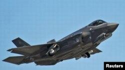 Pesawat jet tempur canggih F-35 produksi perusahaan AS, Lockheed-Martin (foto: dok).