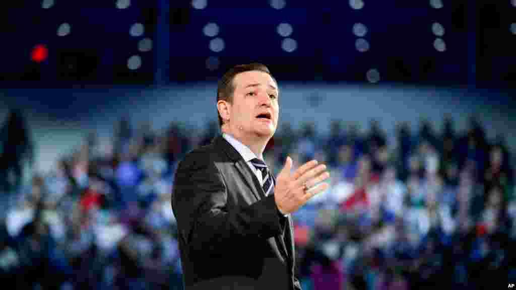"""Rafael Edward """"Ted"""" Cruz est un sénateur républicain du Texas, élu en 2012. Il est le premier Hispanique à servir comme sénateur de cet Etat."""