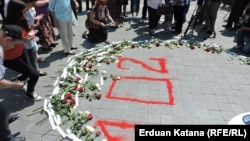 Ruže sa imenima ubijene djece
