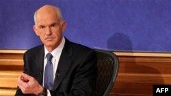 Papandreu: Nuk do të ketë ristrukturim të borxhit grek