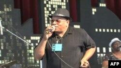 Popularni R&B bend iz 1960-ih, The Funk Brothers na koncertu u Vašingtonu na festivalu u organizaciji institucije Smitsonijan