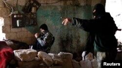 Militan Suriah terkait al-Qaida, Front al-Nusra (foto: dok).