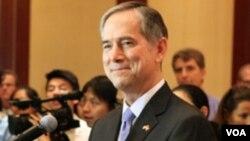 美國駐香港總領事夏千福星期二在香港美國商會午餐會發表講話(美國駐港總領事館網頁圖片)