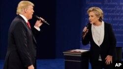 Tramp yutdi, deydi Klinton xonim, lekin u prezidentlikka loyiq odam emas