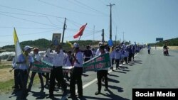 More than 5000 fishermen in Nghe An province and 700 in Ha Tinh province held protests on Sunday against Formosa.