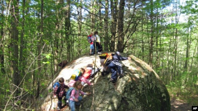 At Calvary Preschool in Pittsford, Vermont, nearly one-third of class time is devoted to active, outdoor play.