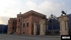 شهرک سینمایی غرالی، واقع در غرب تهران، به پیشنهاد و ابتکار مرحوم علی حاتمی بنا ساخته شد