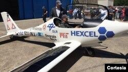 Luminati Aerospace presentó su avión solar en Long Island, Nueva York. Foto de Twitter.