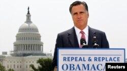 Republikanski predsjednički kandidat se takodjer obratio naciji, rekavši da će oboriti zakon ako bude izabran za predsjednika u novembru
