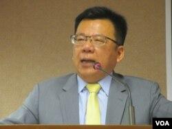 台湾执政党民进党立委李俊俋(美国之音张永泰拍摄)