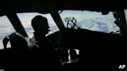 """U.S. Air Force Captain takes off from a sea ice airfield at McMurdo Station in Antarctica, U.S. following a """"Operation Deep Freeze"""" mission to the weather station, which is crucial to the study of climate change and other global environmental is"""