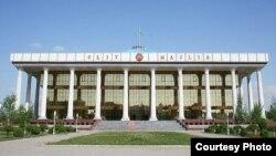 O'zbekiston Oliy Majlisi binosi